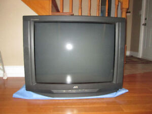 32 inch TV JVC - Perfect for cottage /rec room