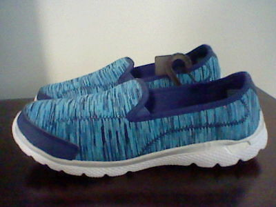 BRAND NEW WOMEN'S SIZE 8 DANSKIN NOW MEMORY FOAM SLIP ON SHOES