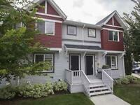 Stunning Townhouse just steps from Hermitage Park!
