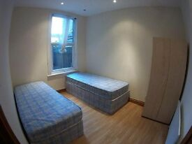 * DOUBLE ROOM/TWIN ROOM TO-LET JUST 150PW ONLY !! 10MINS TO STRATFORD!!**