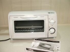 Coopers Of Storford Mini Oven & Toaster. Table Top In White With View Panel