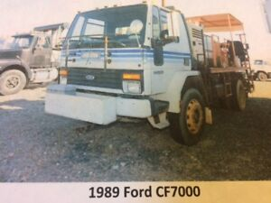 1989 Ford CF7000 Line Paint Truck