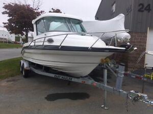 Reflex 720 Boat