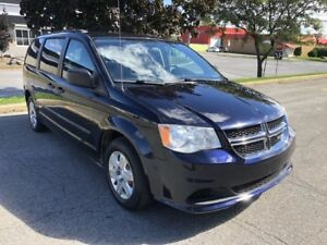 2011 Dodge Grand Caravan SEULEMENT 92000km