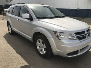 2011 Dodge Journey - 7 PASSENGER SUV, FINANCING AVAILABLE!!