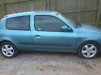 renault clio 1.2 vgc 85000 miles mot mid 2017 new tyres new clutch great first car nice serv history