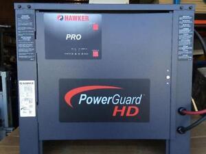 Chargeur à batterie pour chariot élévateur 24V Hawker Pro -- Battery charger