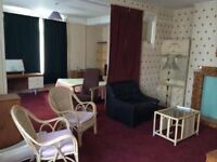 Exceptional Large Ensuite One Bedroom Close to City Centre