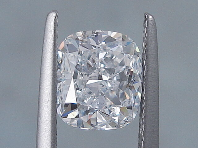 2.01 CARATS CUSHION CUT CERTIFIED LAB GROWN DIAMOND D SI1 $7,990