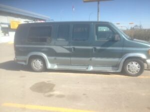 1995 Ford E350 handicapped access van NEW PRICE