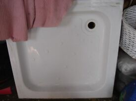 Shower base 80cm good used condition. ready for collection.