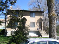Pierrefonds duplex LARGE - GRANDE 6 1/2 ,