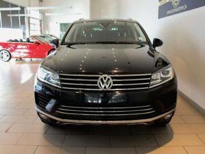 2015 Volkswagen Touareg SUNROOF   NAV   LEATHER   BACK UP CAMERA