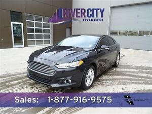2013 Ford Fusion SE Leather,  Heated Seats,  Sunroof,  Bluetooth