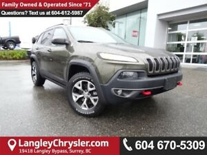 2015 Jeep Cherokee Trailhawk *ONE OWNER * LOCAL BC SUV * DEAL...