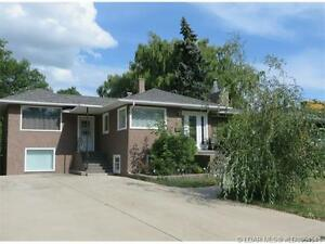 Wonderful South Side Home - Top Level - 3 Beds