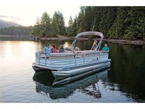 NEW 2016 Sun Tracker Party Barge 22 DLX