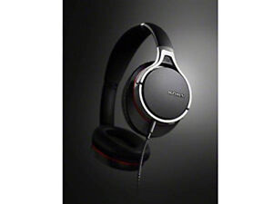 Sony MDR-10RNC Noise Canceling Headphones