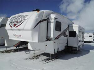 2012 Sabre Silhouette 290RKDS Rear Kitchen 5th wheel w 2 slides