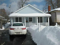 Brock University Female student rental - 2 rooms available!