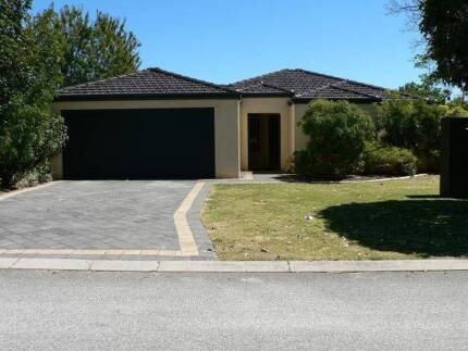 WILSON LARGE FURNISHED AIRCONDITIONED HOME SHARE CLOSE TO CURTIN