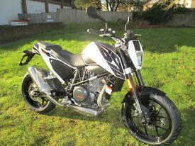 KTM DUKE 690 2016 MOTORCYCLE