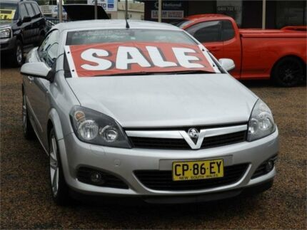 Holden astra ah 2007 convertible 2drs auto black sat vanv reverse 2006 holden astra ah twin top silver automatic convertible fandeluxe Images