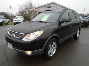 2010 Hyundai Santa Fe XL AWD | Heated Leather | Sunroof