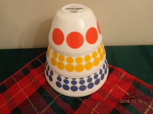 Set of Vintage Charm by PYREX Bowls:  Brand New!