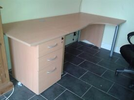 Light Maple curved office desk/table with matching set of drawers