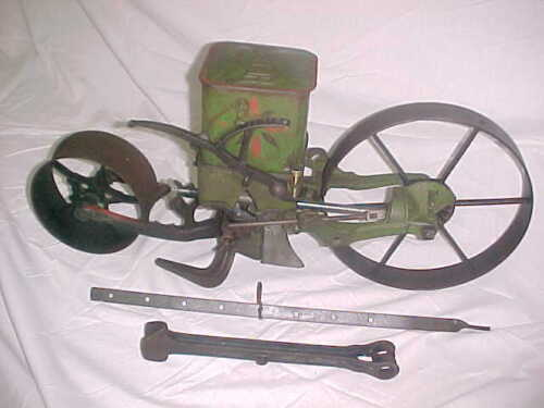 Planet Jr orig paint Vintage No 4 Garden Seeder Planter Excellent W Row marker