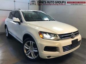 2012 Volkswagen Touareg Execline NO ACCIDENTS Pano Roof Nav AWD