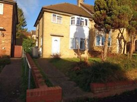 3-4 bed close to M40, Marlow -available now