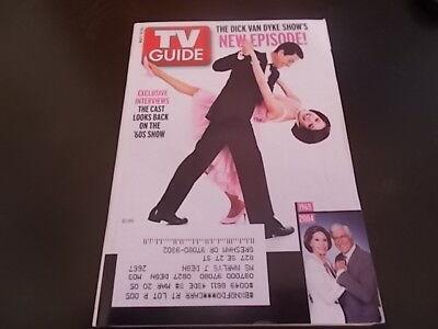 Kelly Ripa  Dick Van Dyke Show   Tv Guide Magazine 2004