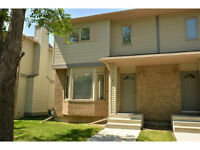 *PROMINENCE POINT PATTERSON HILLS 2 BEDROOM END UNIT TOWNHOUSE*