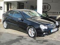 2004 Mercedes-Benz C180 Kompressor 1.8 Ltd Edition AUTO C180 Kompressor LOVELY!