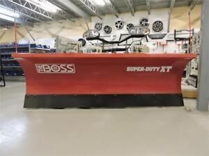 Pelles a neige Boss 8' XT Super Duty/ Truck Plow