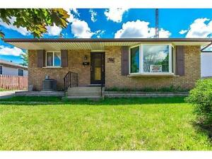 Renting for August 2017- Walking distance to Niagara College