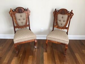 Deux chaises antiques restore  Two beautiful antique chairs