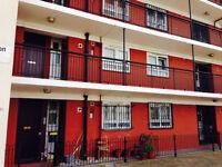 Triple Room 3 x New ikea Beds All Bills Included Balcony Free Super Fast Wifi