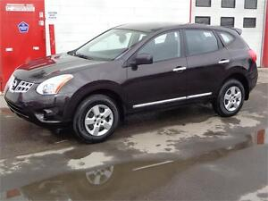 2011 Nissan Rogue S ~ 67,500 KM ~ Financing available ~ $11,900
