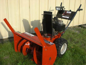 USED SNOWBLOWER IN GREAT SHAPE.