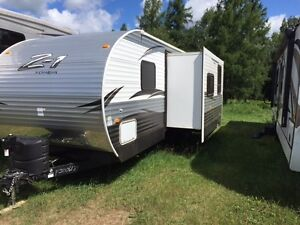 2015 Z-1 Crossroads 30 foot bunk house trailer