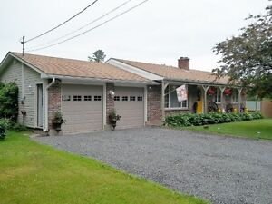 Charming property on 1acre+ in Charters Settlement