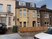 ***STUNNING TWO BEDROOM FIRST FLOOR FLAT LOCATED IN WOOLWICH***