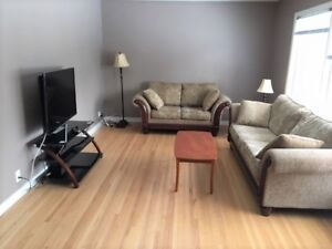 Nice bedrooms for girls, close to University