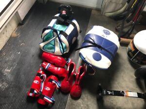 Équipement taekwondo complet