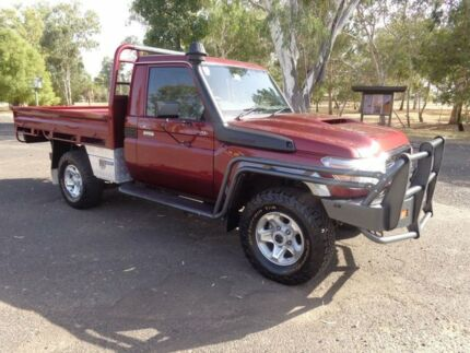 2016 Toyota Landcruiser LC70 VDJ79R MY17 GXL (4x4) Merlot Red 5 Speed Manual Cab Chassis Roma Roma Area Preview