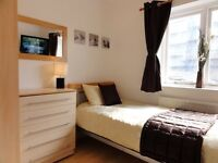 Wonderful room with LCD TV In Zone 2. 5-10 Min to the City, Central London or Canary Wharf