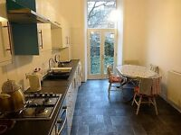 Beautiful 3 bedroom, Main door flat in Brunstfield (Gillespie Crescent) - NO HMO LICENCE